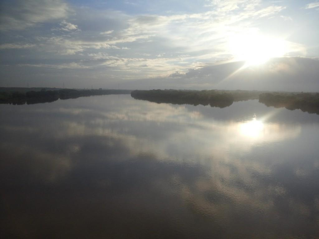 石狩川と夕張川の合流点